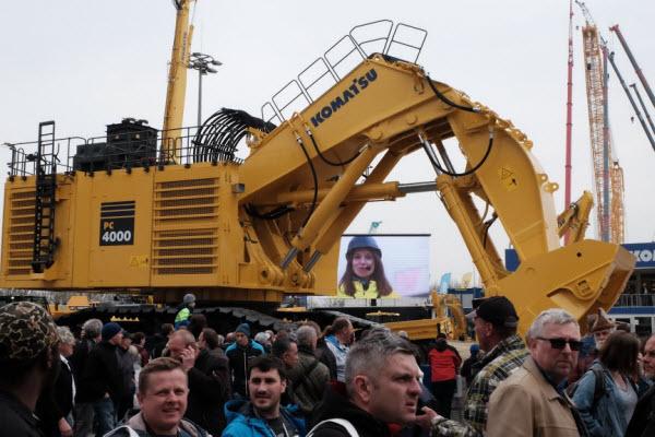 Mascus at Bauma 2019. Komatsu PC4000-11 hydraulic excavator (400t)